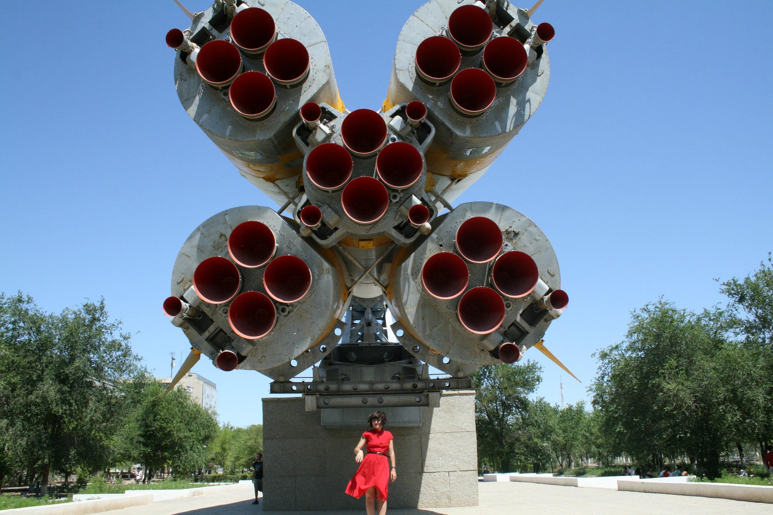 Nelly In front of Soyuz Rocket In baikonur Cosmodrome
