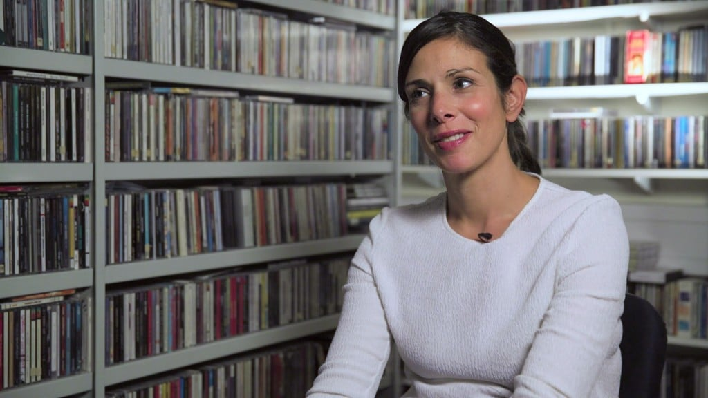 ► Rachel Botsman: Trust me, this changes everything