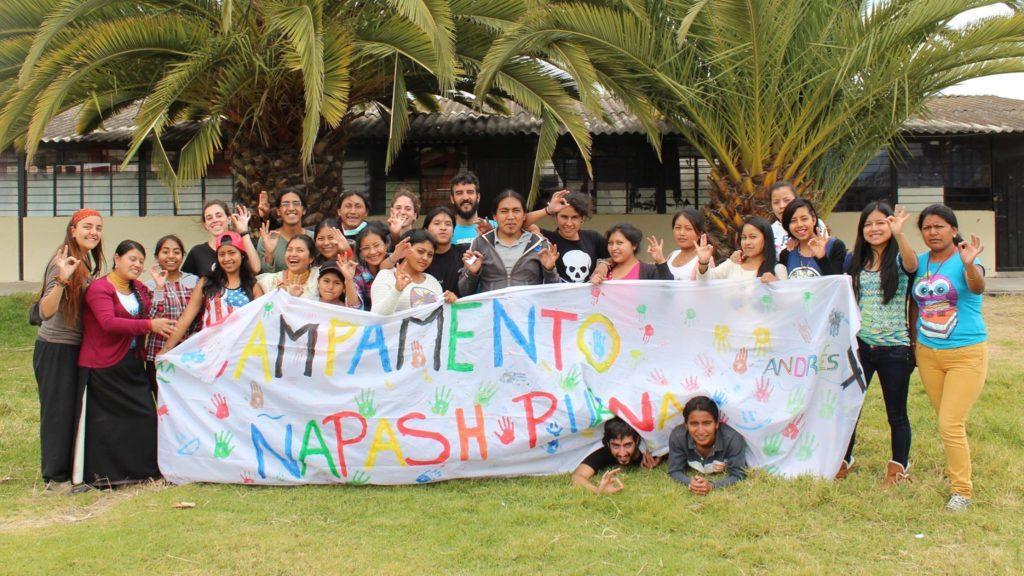 Ñapash purina camp group photo with sign